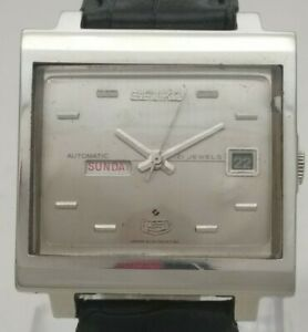 Vintage Seiko 5 Japan 21J Automatic 6119-5000 T V Model Day Date Men Wrist Watch