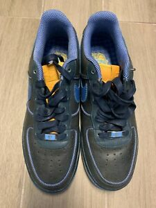 NIKE AIR FORCE 1 NAVY SIZE 9.5 EXCLUSIVES (VERY RARE)