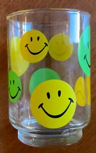 VINTAGE 1970's MID CENTURY GREEN & YELLOW SMILEY FACE (1 FROWN) GLASS