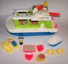 Vintage 1972 Fisher-Price Play Family House Boat & Accessories Model #985