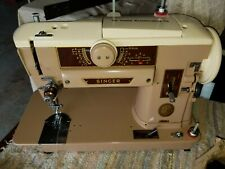 Vintage Singer 401A Slant-O-Matic Sewing Machine in Case Mint Condition