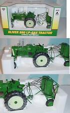 1/16 Oliver 880 LP-Gas Tractor W/Sprayer NIB! 2009 Mark Twain Great River Show!