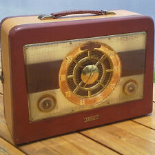 A Working 1950s Automatic Knight Model P-64 Portable Radio - See The Video!