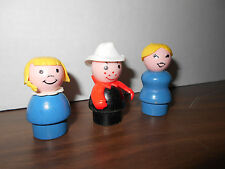 vintage LITTLE PEOPLE   3 FIGURES  WOOD BODIES   FISHER PRICE  fireman mom girl