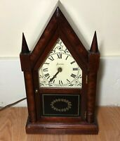SESSIONS VINTAGE 1947 POINTED GOTHIC MANTLE CLOCK Model 2W WOOD/STEEPLES RUNS