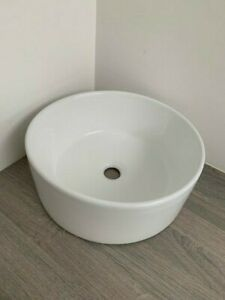 ~~~GREAT DEAL~~~ 😃 Round Countertop Basin in Ceramic White - Fault