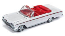 Auto World 1/64 1962 Chevy Impala Convertible Gloss White AW64192
