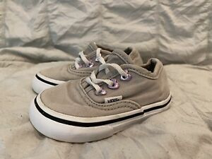 Vans Girl Toddler Size 4.5 Shoes Canvas Lace Up Sneaker Pale Gray Purple Hearts