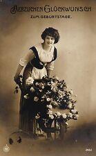 Geburtstag, Frau mit Schubkarre, Blumen, Foto-AK, 1912