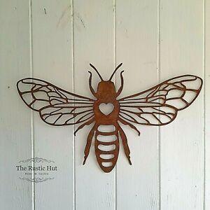 Bee Wall Plaque Garden Art 25 x 38cm, Lightweight Rust Aged Metal Decoration