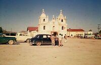 RL07 ORIGINAL KODACHROME 1960s 35MM SLIDE CLASSIC CARS MEXICAN GROTTO CHURCH