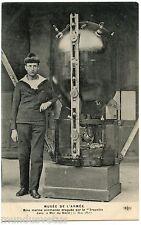 Musée de l'Armée . Mine marine allemande draguée par le TROUVILLE . 1917