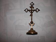 collection religieux ancien CHRIST CRUCIFIX en bronze ftravail du 18ème  siecle