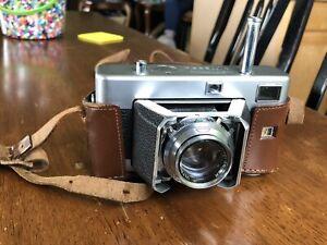 Voigtlander Vitessa Camera w/Ultron 1:2/50 With Original Case