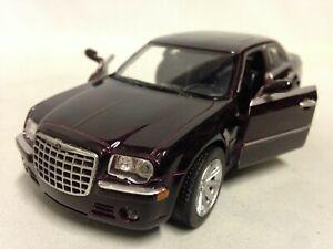 "2005 Chrysler 300C Collection 5.75"" DieCast 1:32 NewRay Toys Burgundy"