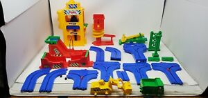 Vintage TOMY Big Big Loader Preschool Construction Play Set Parts 5003 No Chasis