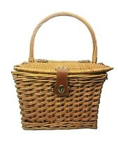 Deluxe Wicker Picnic Basket with Brown Leather Inserts