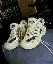 NWT SPALDING SNEAKERS SIZE 9