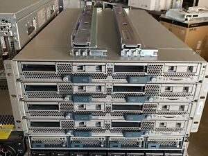 Cisco Blade Center UCS 5108 + 4x B420 M3 ohne CPUs 4xSFF