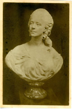 France, Buste de la Reine Marie Antoinette  Vintage silver print.  Tirage arge