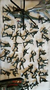 army men w/tank ,jet,helicopter plastic