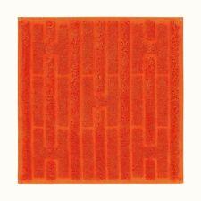 Hermès Paris Labyrinthe Hand Towel - Brand New - 100% Orange Cotton 32 x 32 cm