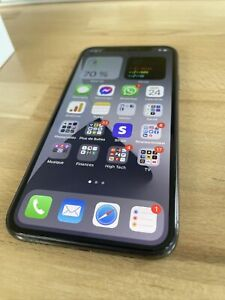 Apple iPhone X - 256Go - Gris Sidéral (Désimlocké)