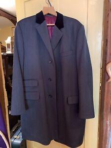 Charles Tyrwhitt Smart Pure Wool Men's Overcoat Velvet Collar 44R