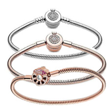 Authentic 925 silver Moments Sparkling Crown O Snake Chain Bracelet Fiit Pandora