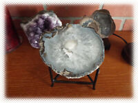 """5"""" Thunderegg Rough Agate Coconut Mexico Mexican Geode Half with Metal Stand"""