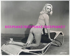 JOI LANSING NICE BEHIND TIGHT BUTT LEGGY 8x10 PHOTO A-JOI6
