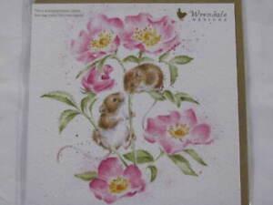 Wrendale Designs Klappkarte Grußkarte kleine Mäuse klettern auf Blume