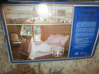 VINTAGE CANNON COURT OF VERSAILLES FULL FITTED SHEET & FLAT SHEET NEW LQQK!!
