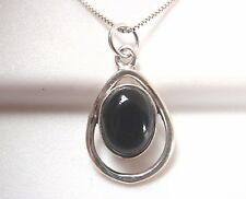 Black Onyx Oval in Hoop 925 Sterling Silver Pendant Corona Sun Jewelry