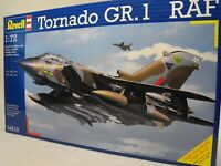 MODEL TORNADO 1:72  plastic construction model kit RAF TORNADO GR1 FIGHTER PLANE
