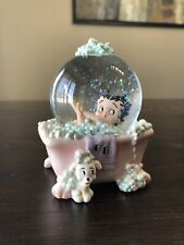 "1999 Collectable Betty Boop ""Bubble Bath� Globe"