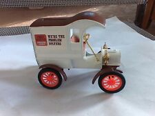ertl diecast truck bank 1905 Ford Delivery Trust Worthy Hardware Stores