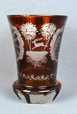 Böhmisches Glas, Jagdbecher, Barockrocaillen, Roter Überfang, Hirsch, Vogel