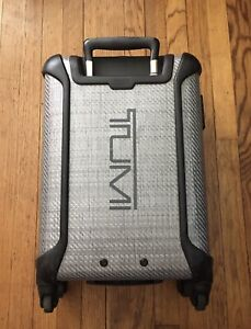 Preowned Tumi Tegra-Lite International Carry-On Spinner Suitcase 28820TG