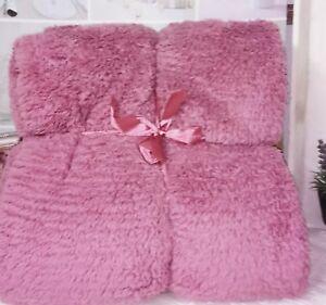 Cover Pink Plush Cuddly Blanket Bedspread Cottage Vintage Shabby