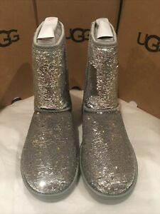 New in box UGG Classic Short Sequins Silver SHEEPSKIN BOOTS size 7 women's