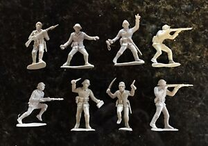 8 VHTF Vintage Lido WWII Japanese Soldiers. Pristine and Intact!💯