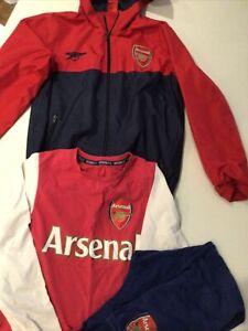 Arsenal Bundle Coat And Pyjamas  9 -10 Years  10/11
