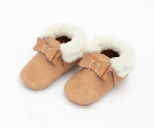 Freshly Picked  shearling Bow Moccasins Mocc minin sole Zion , Size 4