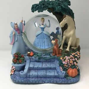 Rare Vintage Disney Store Cinderella Light Up Musical Snow Globe Magical Gown