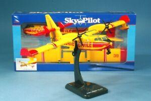 Canadair CL-415  Model Kit - New Ray 1/110 - display box  - ref : NR20607 New Ra