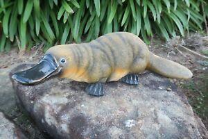 AUSTRALIAN PLATYPUS ANIMAL GARDEN STATUE ORNAMENT FIGURINE