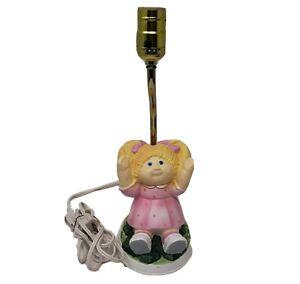 VINTAGE 1983 CABBAGE PATCH KIDS BLONDE DOLL SITTING CERAMIC NIGHT LAMP WORKS
