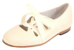 DE OSU - Girls Ivory Leather Bow Mary Janes - Dress Shoes - European 26 Size 10