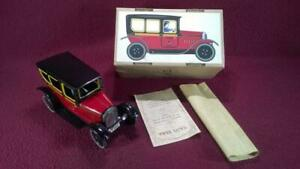 PAYA LDT EDITION 863 TIN LITHO TAXI W/ DRIVER FIGURE - VG++  ORIG BOX 1988